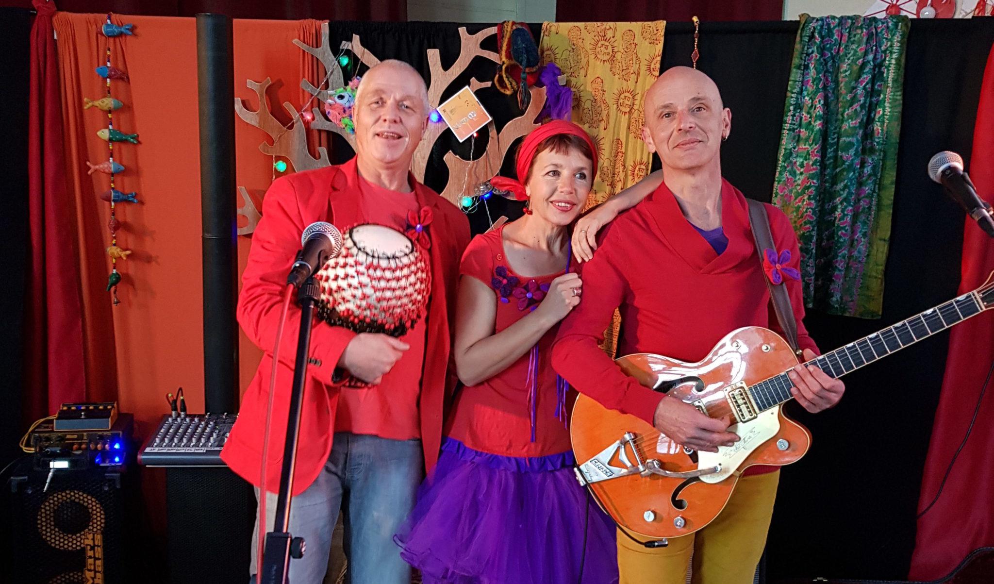 """Trio """"Bal, balançoire et baluchon"""""""