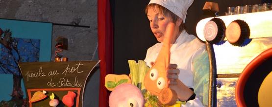 La fleur au pot, un spectacle sur le thème de la cuisine pour les tout petits